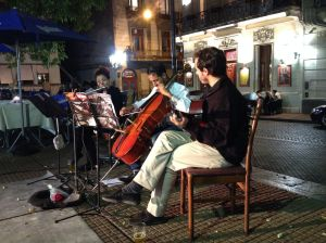Musicians at Plaza Dorrego