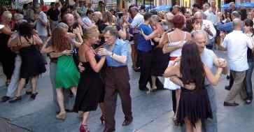 Plaza Dorrego Tango Dancers