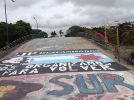 BA - Protest Bridge