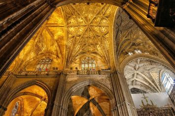 Seville Cathedral - Interior - Large Image