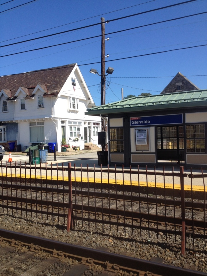glenside-station-view-of-outbound-platform
