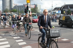 amsterdam-cyclists