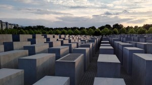 berlin-memorial-to-the-murdered-jews