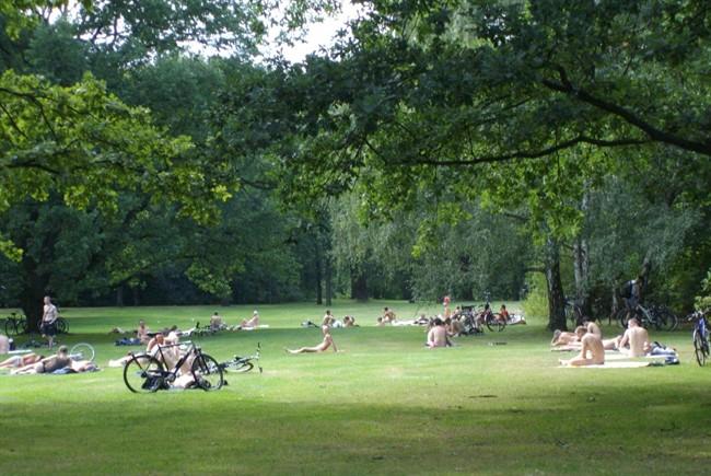 teargarten-naturist-meadow