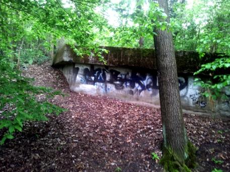 volkspark-friedrichshain-bunker-remains
