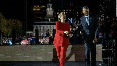 hillary-clinton-president-obama-at-independence-mall