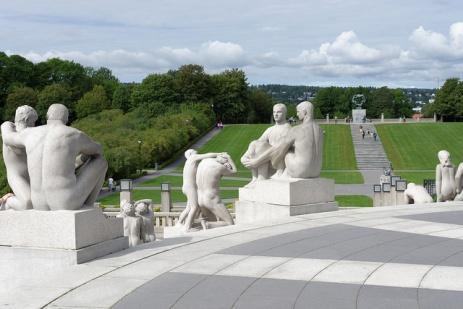 Vigeland Park - Multiple Statues