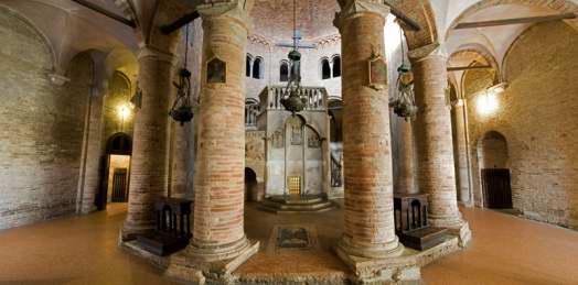 Basilica Santo Stefano - Interior