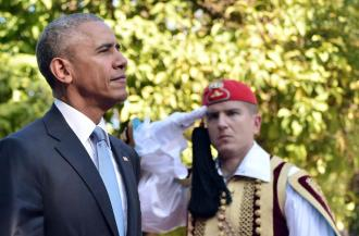 Athens - President Obama with Presidential Guard