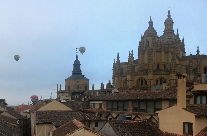 Balloons over Segovia