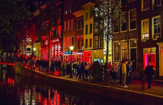 Red Light District at Night.jpg