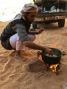 Wadi Rum - Mohammed Cooks Lunch Over Fire